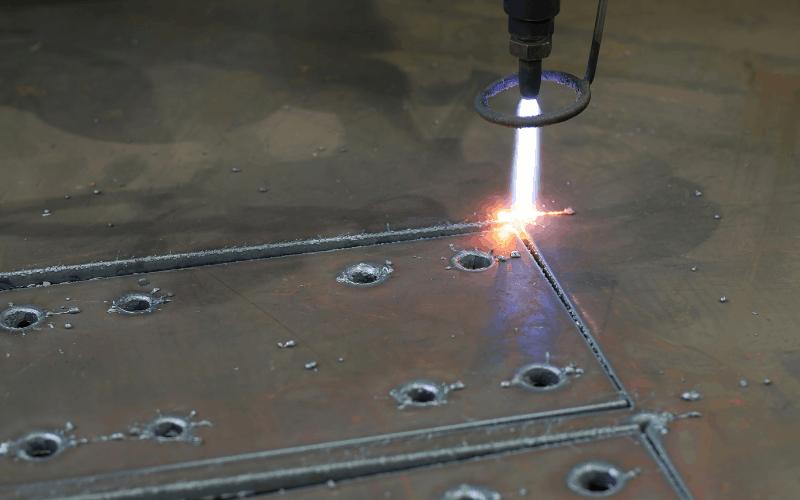 Plasma Cutting vs Laser Cutting: Which is Best? 1