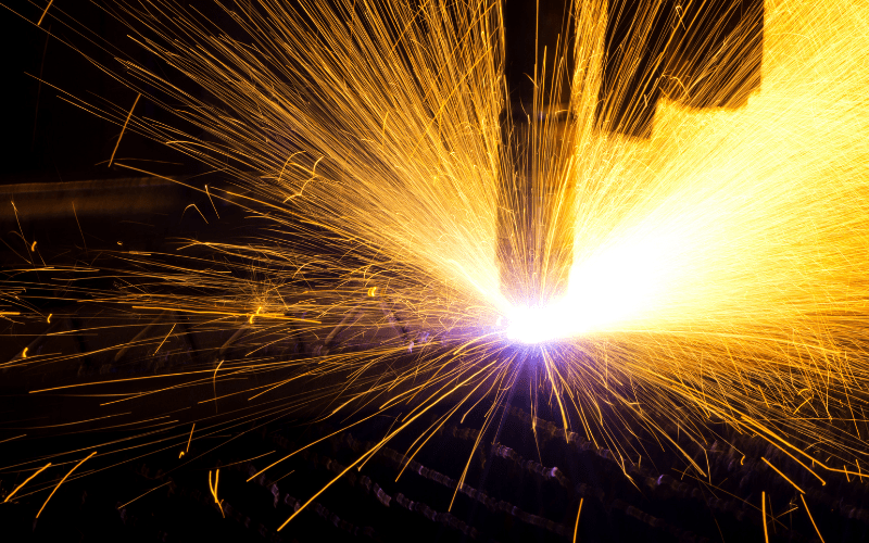 Thinking of investing in CNC plasma cutting machines? Find out how a plasma cutter works, what it can be used for and what is the cutting quality.