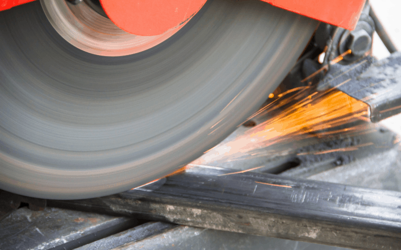 What Type of Gas Do You Use With a Plasma Cutter? 9